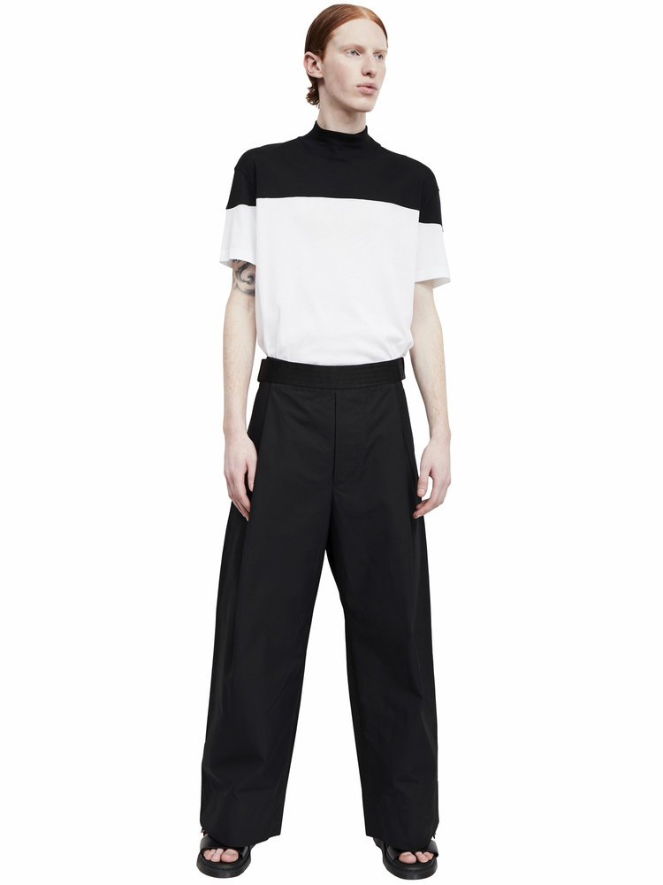 Berthold_high+neck+t-shirt_b_w_ss17.01_front