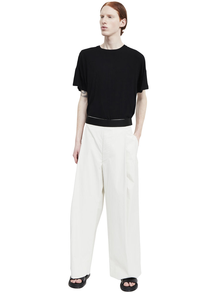 Berthold_wide+leg+single-pleat+coated+cotton+trousers_ss17.61_front